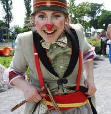 -011-   La Clowne Bibi