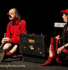 Spectacle Familiale  Super duo Circassien et Clownesque -044-