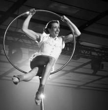 Cirque Aérien  -102-
