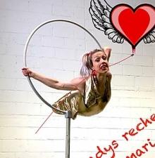 -178- Gladys spectacle de cirque humoristique